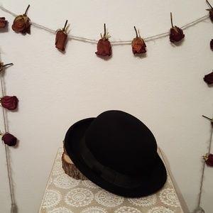 89996da573a89 Unknown Accessories - Black Bolo Hat